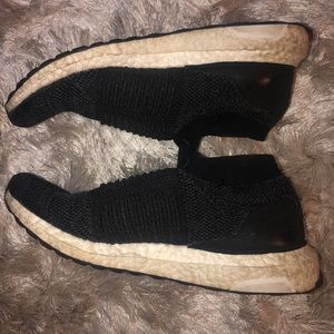 Adidas shoes- Ultraboosts Laceless Black 7.5